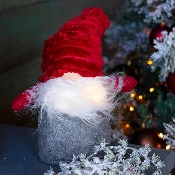 Karácsonyi elemes manó dekoráció 41 cm